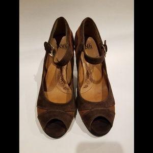 three toned brown suede heels